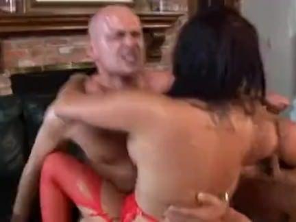 Arrombada safada no sexo