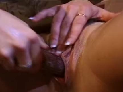 Chupando a xotinha pro sexo