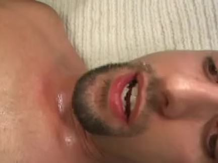Empregada chupando a rola do patrão porno