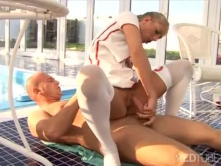 Enfermeira vaca trepa com paciente