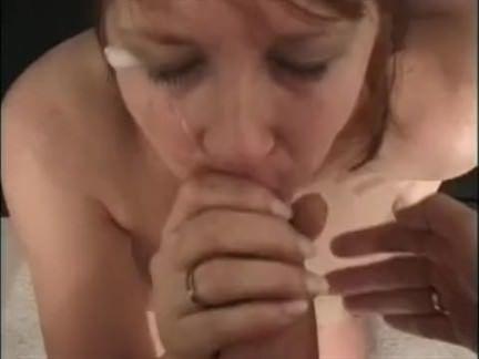 Engolindo a rola no sexo oral