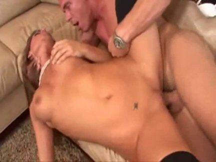 Foda anal na putona safada