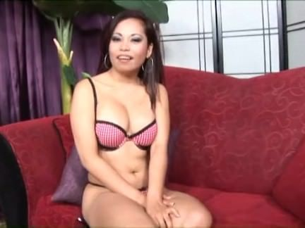 Fudendo a vagina quente