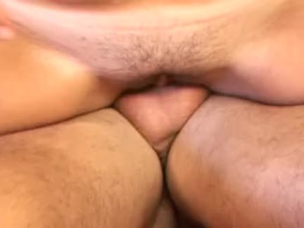 Loirinha chupando a benga