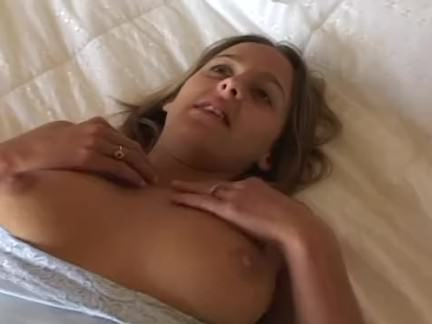 Ninfeta gulosa se masturba