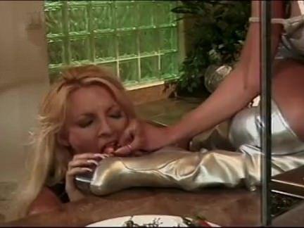 Ninfetinha no sexo quente com o amante