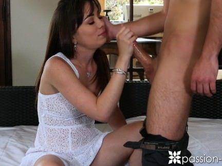Novinha fazendo porno