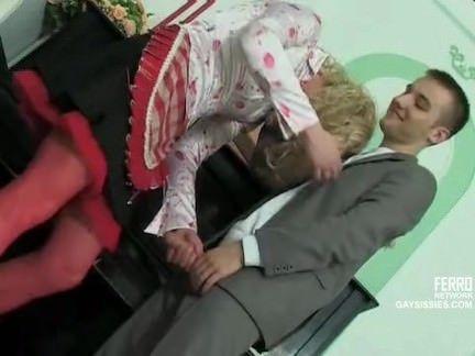 Novinha fodendo a xota