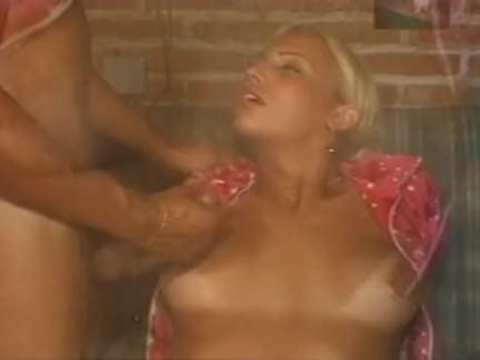 Orgia na sauna com as lésbicas