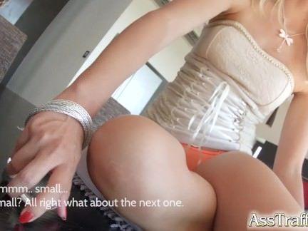 Patricinha dando o cu sem pudor