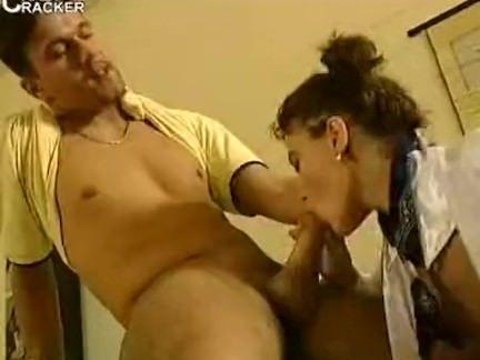 Professora chupando a benga tesuda porno