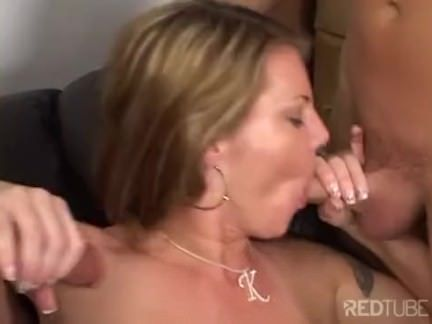 Puta dá para dois homens
