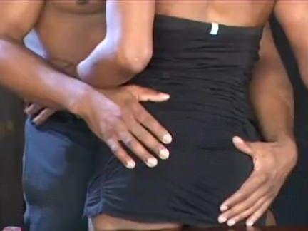Puta esfregando a xoxota
