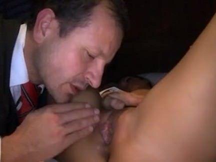 Putas fazendo sexo