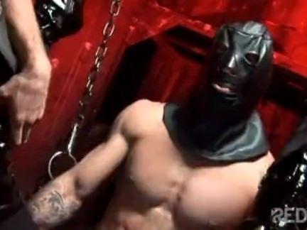 Safadona atolada se masturbando