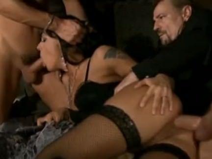 Sexo anal com amigos de trabalho