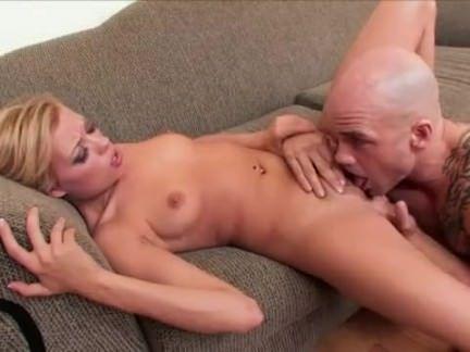 Sexo com putinha da xana inchada