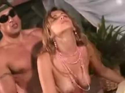 Sexo duplo na gostosa