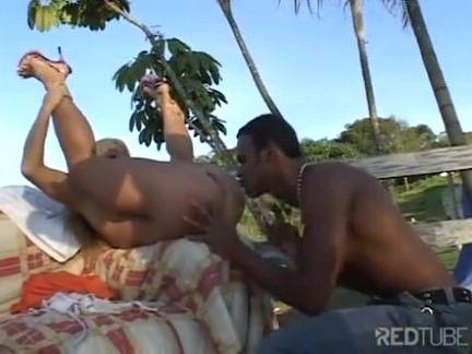 Sexo grupal com muita putaria