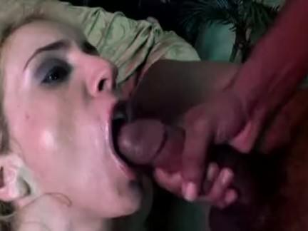 Socando na enfermeira puta