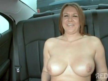 Vadia amante dá no carro