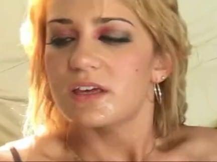 Xana peludinha no sexo oral